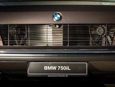 BMW 767iL Goldfisch
