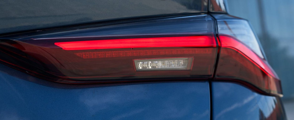 BMW a lansat pe piata masina asteptata de toata lumea. Are motor turbo de trei litri si tractiune SPATE