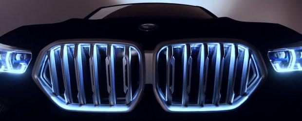 BMW a vopsit un X6 in cel mai negru negru din lume. Uite-l aici cum arata pe viu