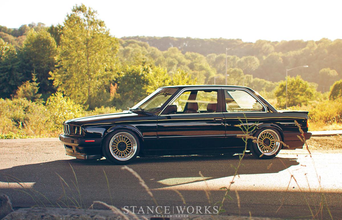BMW E30 - BMW E30