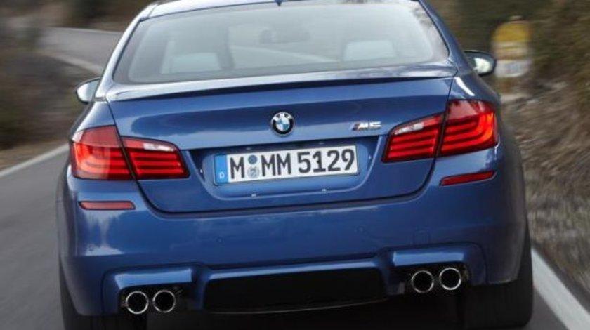 BMW G30 ELERON PORTBAGAJ M5
