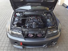 BMW M3 cu motor V8 de sapte litri