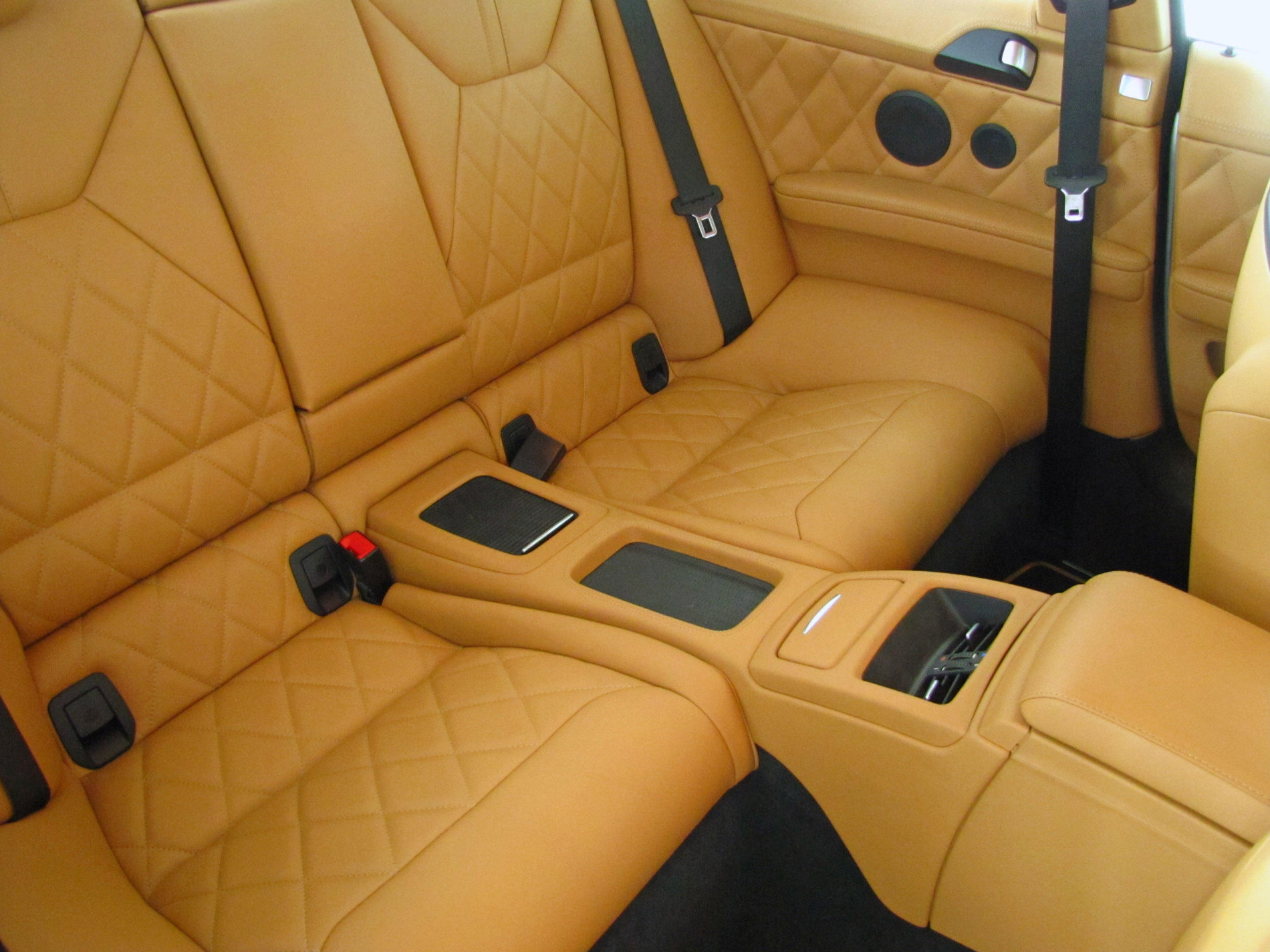 BMW M3 E92 cu motor V10 sub capota - BMW M3 E92 cu motor V10 sub capota
