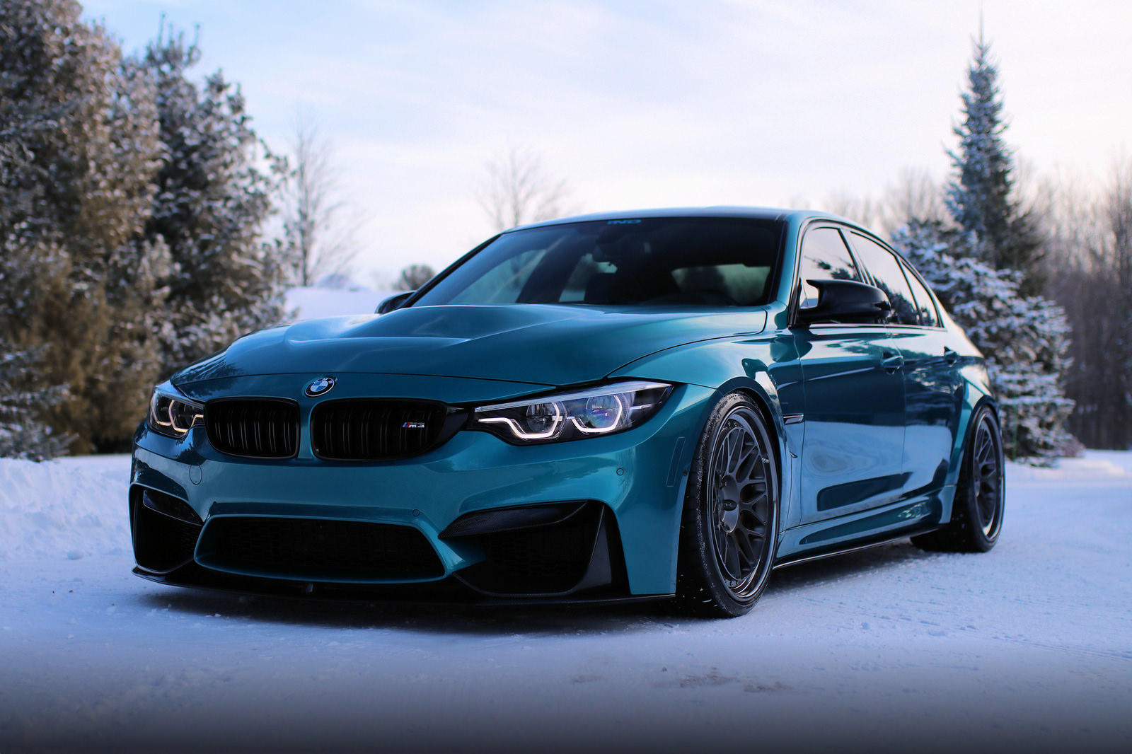 BMW M3 in nuanta Atlantis Blue - BMW M3 in nuanta Atlantis Blue
