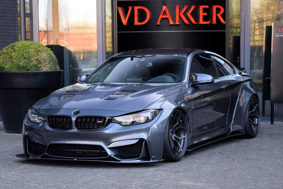 BMW M4 cu kit Liberty Walk