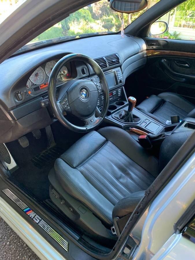 BMW M5 de vanzare cu 9.500 dolari