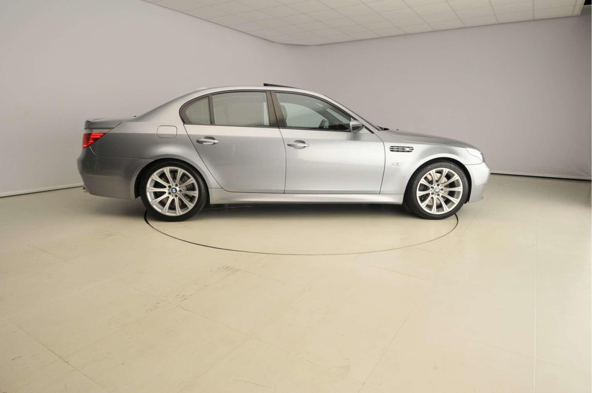 BMW M5 V10 de vanzare - BMW M5 V10 de vanzare
