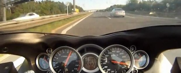 BMW M5 vs. Suzuki Hayabusa: cine castiga confruntarea de pe autostrada la 300 km/h?