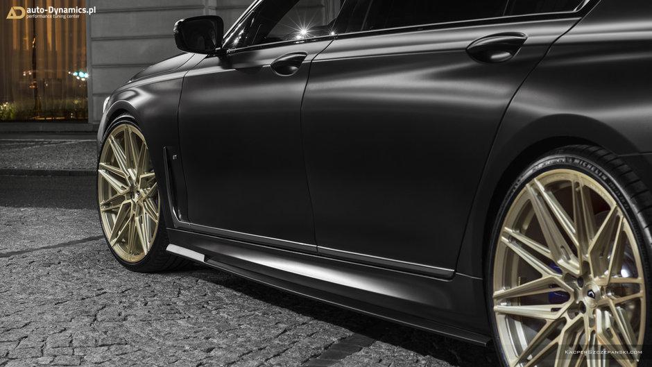 BMW M760Li Auto-Dynamics