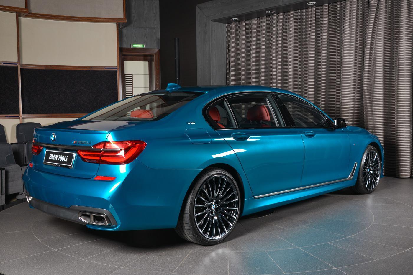 BMW M760Li xDrive in nuanta Long Beach Blue - BMW M760Li xDrive in nuanta Long Beach Blue