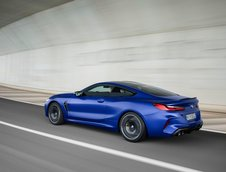 BMW M8 Coupe si Cabrio
