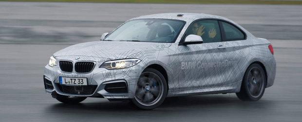 BMW prezinta: Masina care face drifturi de una singura!