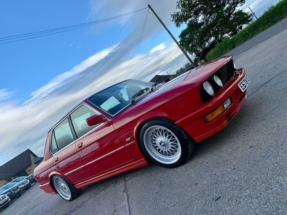 BMW Seria 5 cu motor diesel de Mercedes
