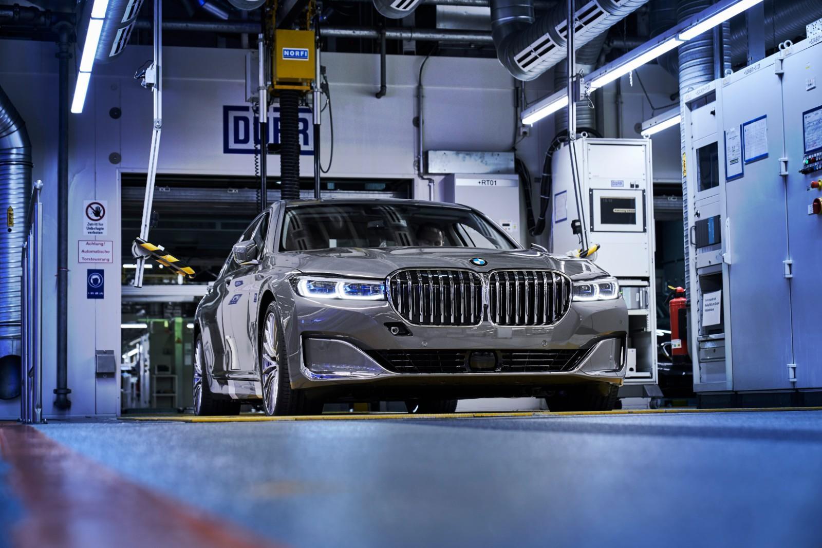 BMW Seria 7 facelift - BMW Seria 7 facelift