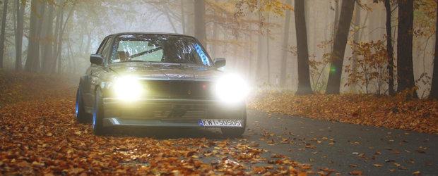 BMW-ul E30 cu motor de Toyota Supra pare a fi masina ideala de drift