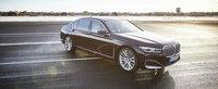 BMW vrea sa atraga clientii de Mercedes S-Class cu un Seria 7 care consuma doar 2,1 la suta