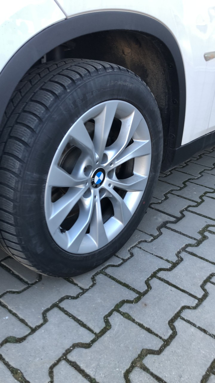 BMW X1 2.0 2011