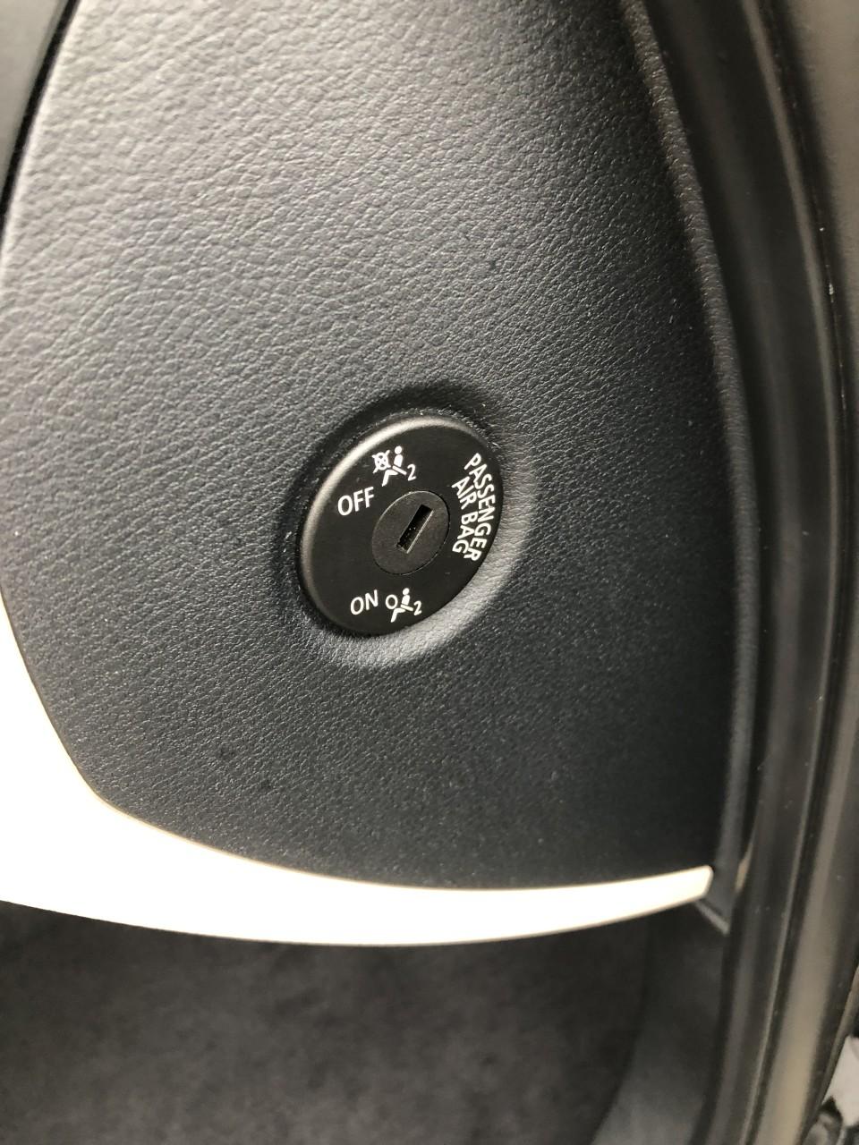 BMW X1 BMW X1 2.0d xDrive 177Cp XLine Automata / Navigatie / Bi-xenon / Piele / Pilot / PDC fata+spate / Bluetooth / etc... RECENT ADUSA DIN GERMANIA!!! 2010