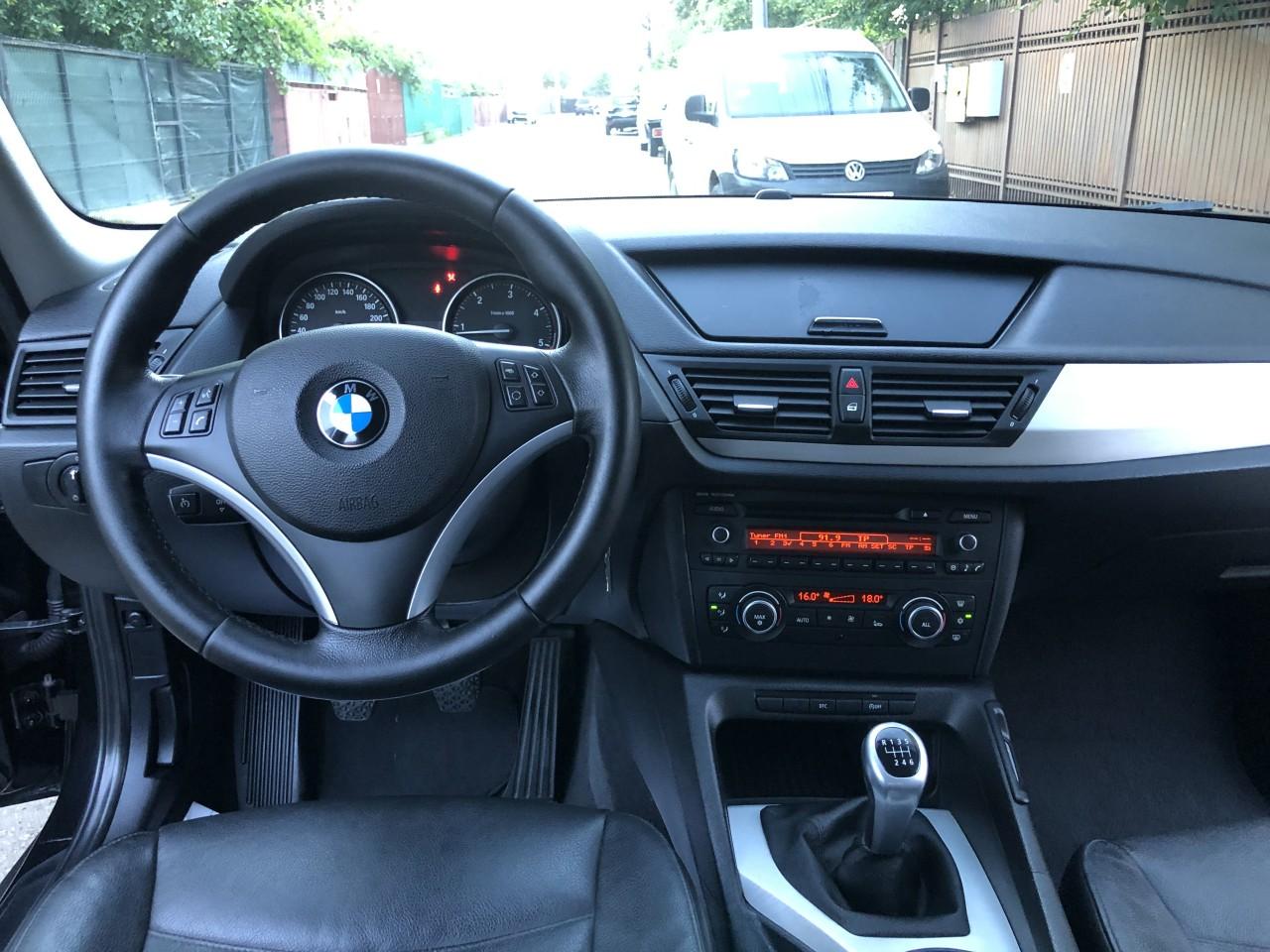 BMW X1 impecabila 2011