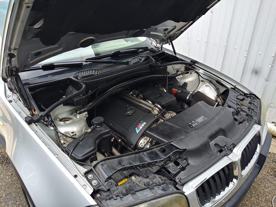 BMW X3 cu motor de M3 - BMW X3 cu motor de M3