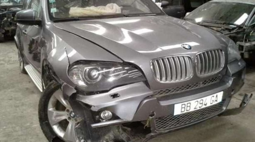 BMW X5 E70 3.0D piese caroserie motor