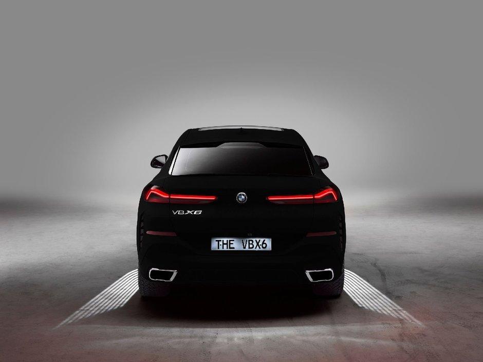 BMW X6 acoperit cu Vantablack