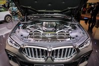 BMW X6 M50i de la Frankfurt