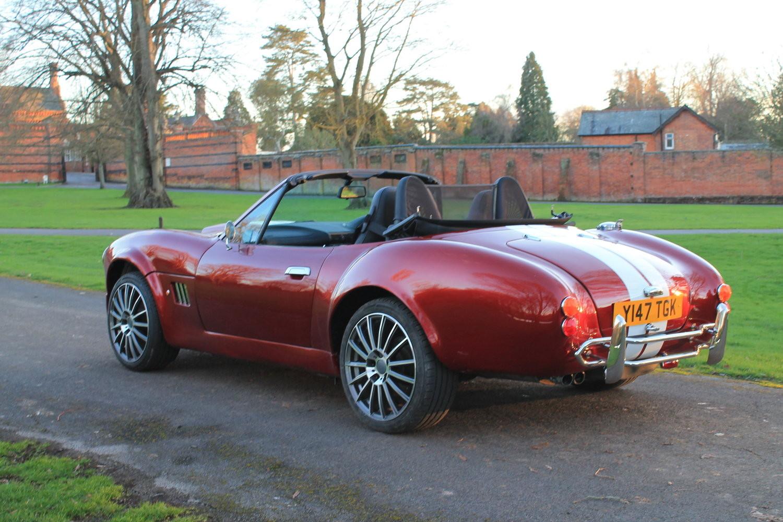 BMW Z3 transformat in AC Cobra - BMW Z3 transformat in AC Cobra