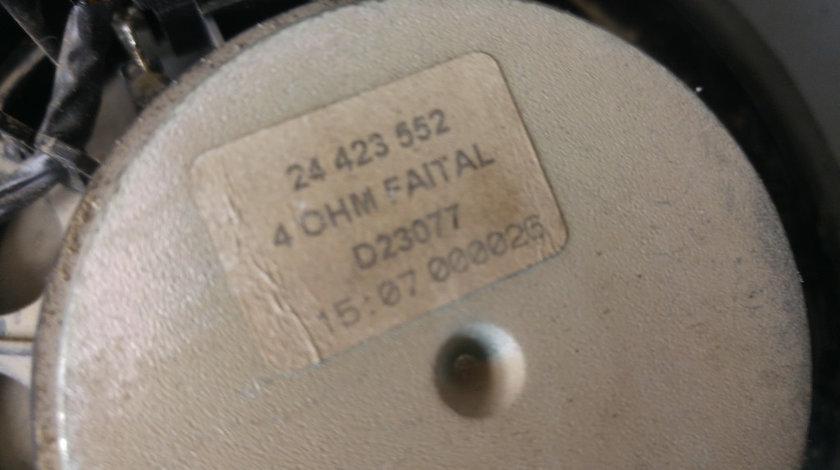 Boxa auto dreapta fata opel astra h 24423552