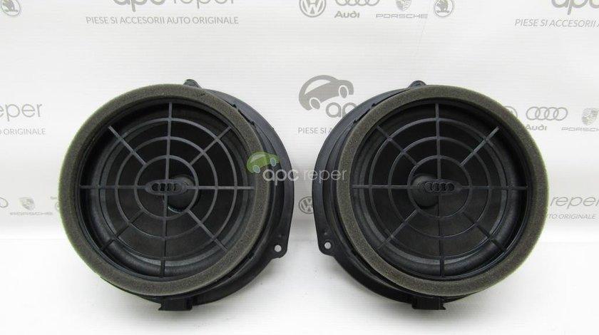Boxa / Difuzor Usa Spate Audi Q3 - Cod: 8R0035411