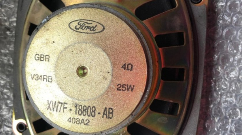 Boxa spate ford focus 1 xw7f-18808-ab
