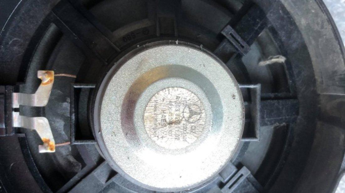 Boxa usa mercedes c-class w203 a2038201102