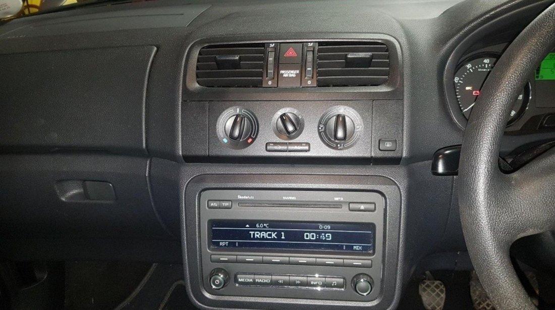 Boxe Skoda Fabia II 2011 hatchback 1.2