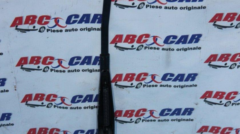 Brat stergator parbriz dreapta Ford Focus 3 cod: BM5117526AB model 2011