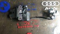 Broasca+ butuc capota spate Audi A6 C6 4E0 827 645