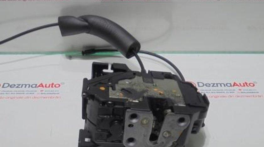 Broasca dreapta spate 825020025, Renault Megane 3 hatchback
