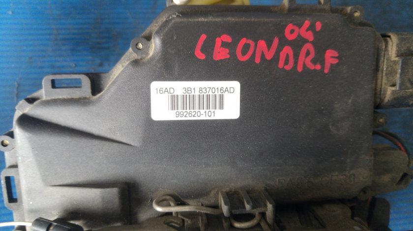 Broasca iala dreapta fata seat leon 3B1837016AD