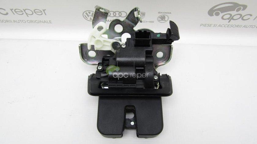 Broasca portbagaj Audi Q3 8U - Cod: 8R0827505