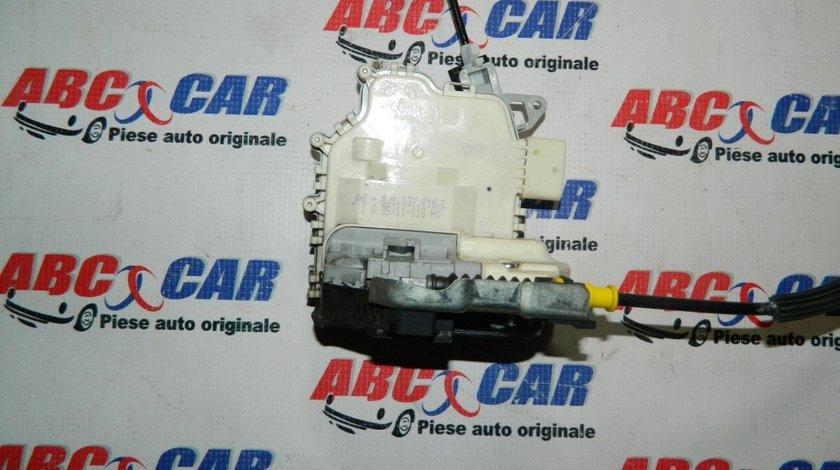 Broasca usa dreapta fata Audi A1 8X cod: 8J1837016C