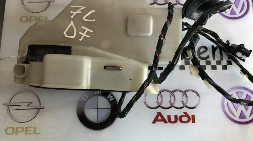 Broasca usa dreapta fata VW Touareg 7L