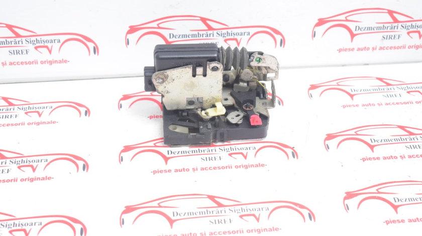 Broasca usa fata stanga Dacia Logan 2007 609