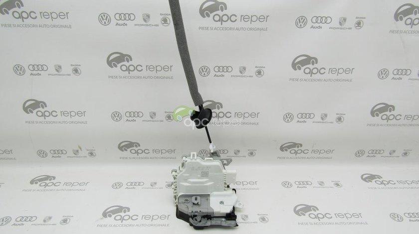 Broasca usa spate dreapta Audi A5 8T / A4 B8 8K / A3 8V / Q3 / Q5 8R - Cod: 8K0839016H