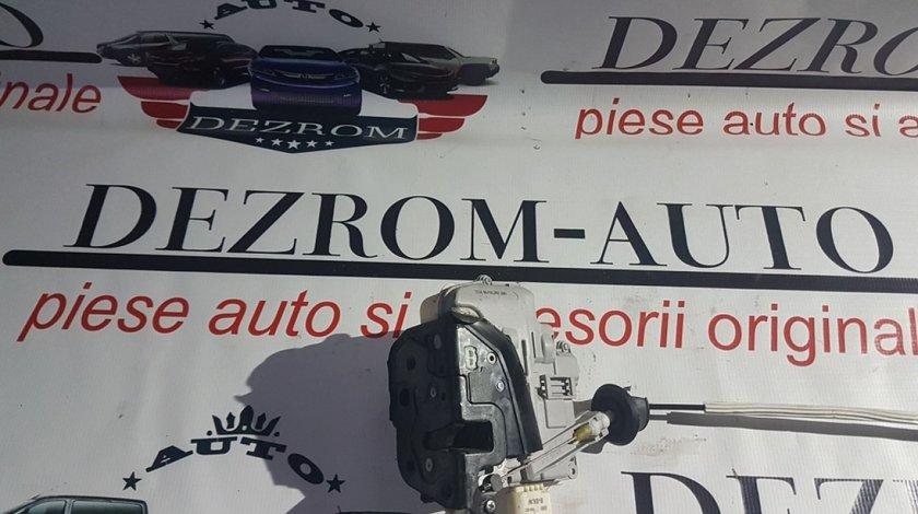 Broasca usa stanga fata 4f1837015e audi a3 8p hatchback 2003-2013