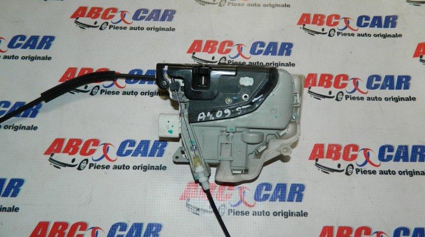 Broasca usa stanga fata Audi A1 8X cod: 8J1837015C