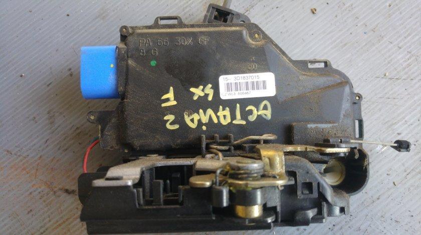 Broasca usa stanga fata skoda octavia 2 3d1837015