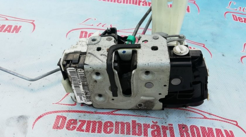 Broasca usa stanga spate Jeep Compass 1 facelift motor 2.2crd cdi 100kw 136cp om651 2011