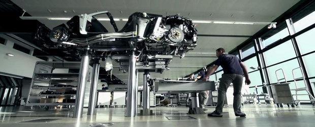 Bugatti ne arata cum a fost produs ultimul Veyron