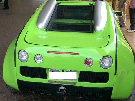 Bugatti Veyron - Replica pe baza de Honda