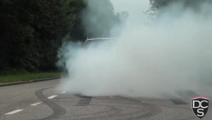 Burnout in plina strada cu un Mercedes C63 AMG Break