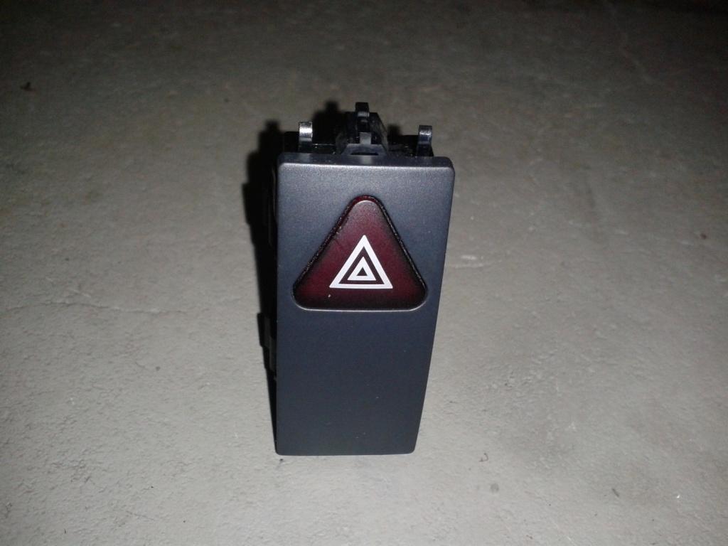 Buton avarie Mercedes ML320 W164 A2129052300